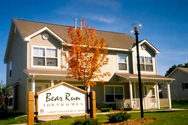 Bear Run Townhomes - White Bear Lake, Minnesota 55110