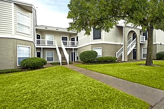 Summerstone Apartment Homes - Bedford, Texas 76021