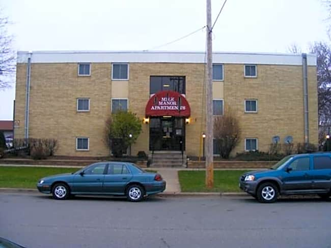 Mile Manor Apartments - Rochester, Minnesota 55901