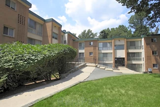 Lexington Court Apartments - Capitol Heights, Maryland 20743