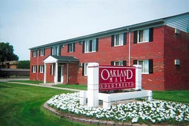 Oakland Mall Apartments - Madison Heights, Michigan 48071