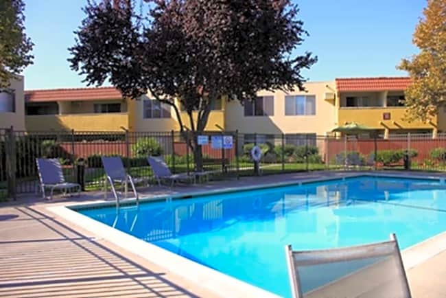 Casa Verde Apartments - San Jose, California 95116