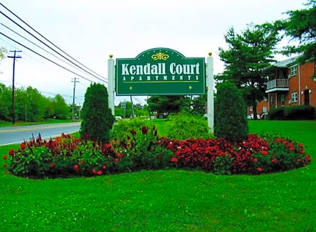 Kendell Court - North Brunswick, New Jersey 08902
