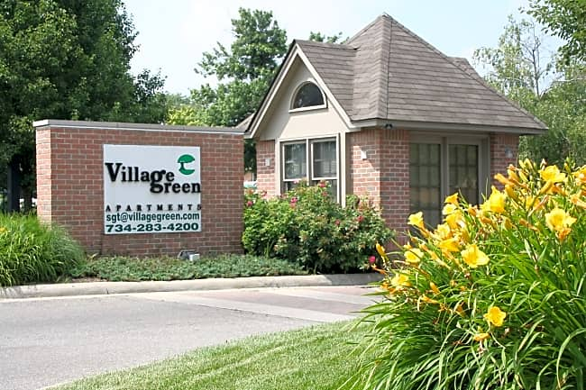 Village Green Of Southgate - Southgate, Michigan 48195