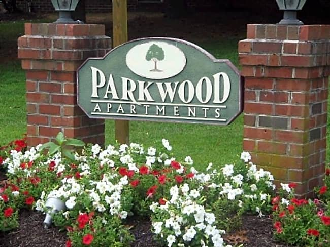 Parkwood Apartments - Salisbury, Maryland