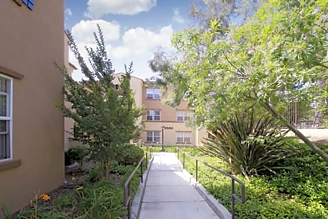 Rancho Monte Vista Apartment Homes - Upland, California 91786