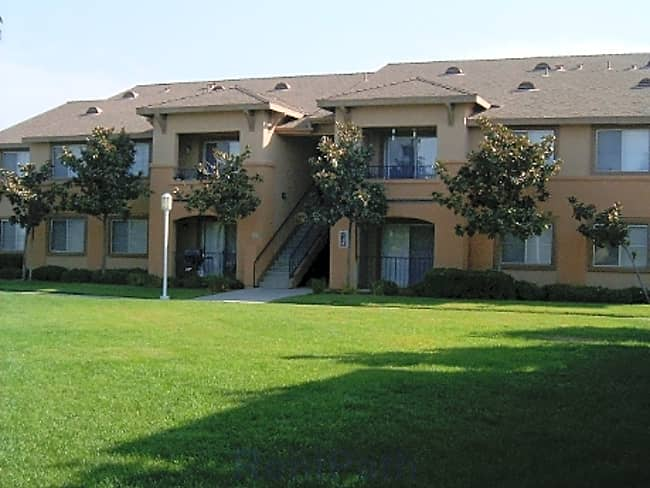 Summerhill - Bakersfield, California 93308