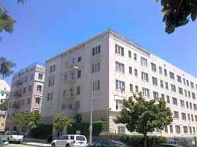 Commodore Apartments - Los Angeles, California 90028