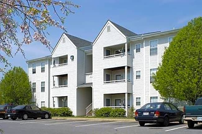 Preston Place I, II, & III - Winchester, Virginia