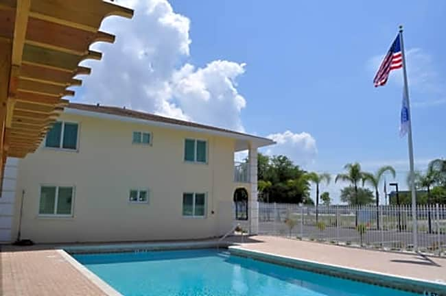Citadel Apartments of Venice - Venice, Florida 34285