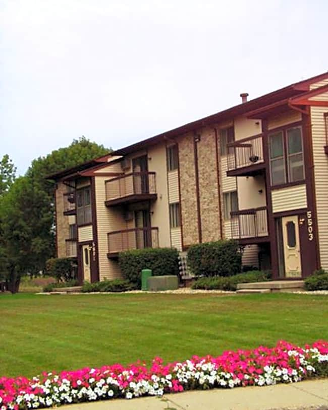 Kaynorth Apartments - Lansing, Michigan 48911