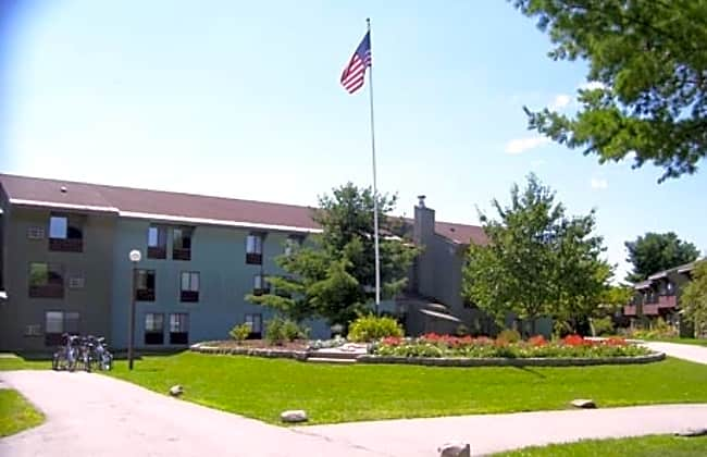 Bradford Commons - Bangor, Maine 04401