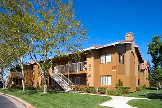 Creekside Village Senior Community - Sacramento, California 95823