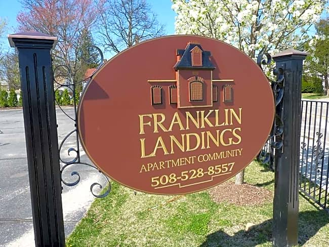 Franklin Landings - Franklin, Massachusetts 02038