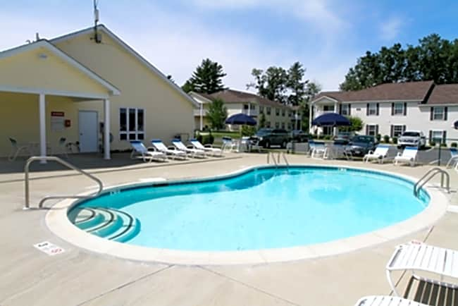 The Apartments at Forrest Pointe - East Greenbush, New York 12061