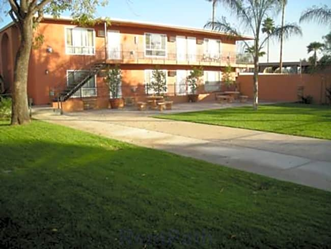 Vista Bella Apartments - El Cajon, California 92021