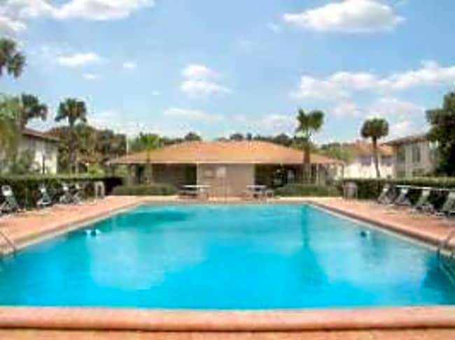 Palm Harbor Apartments - Orlando, Florida 32812