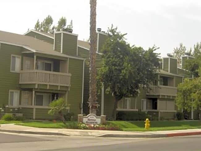Royal Gardens Apartments - Hemet, California 92543