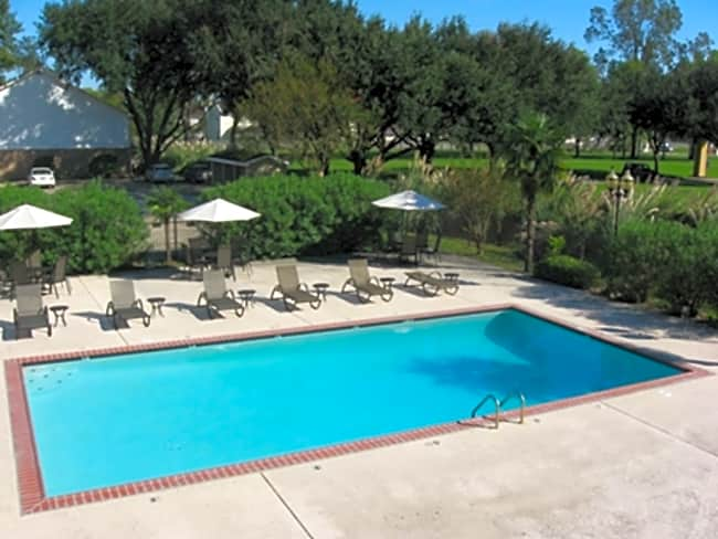 Bluebonnet Place Apartments - Baton Rouge, Louisiana 70810