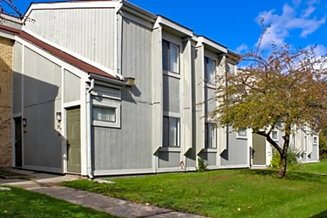Turtle Creek Apartment Homes - Pontiac, Michigan 48340