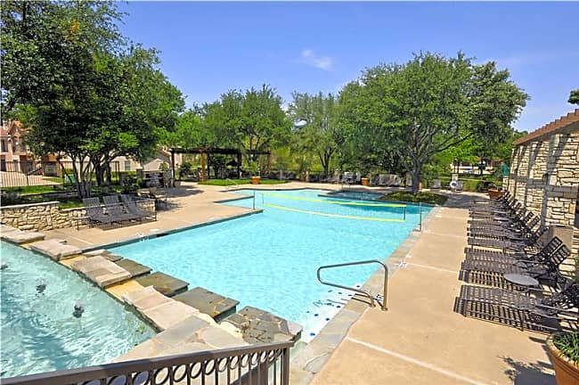 Villas of Preston Creek - Plano, Texas 75024