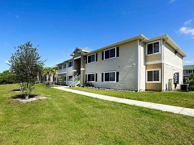 Sonrise Villas I and II - Fellsmere, Florida