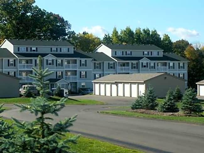 Highpointe Apartments - Allegan, Michigan 49010