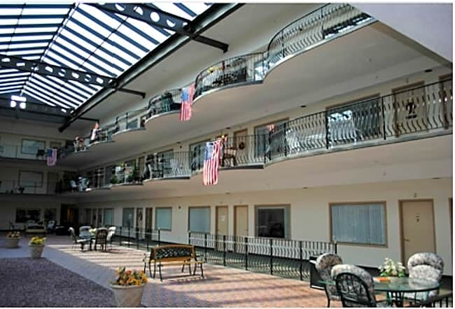 Holiday at the Atrium - Glenville, New York 12302