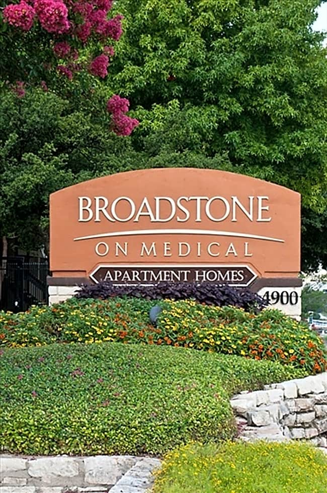 Broadstone on Medical Apartments - San Antonio, Texas 78229