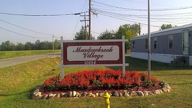 Meadowbrook Village - Lockbourne, Ohio 43137