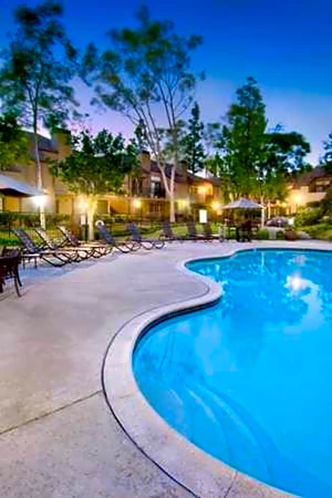 Sendero Apartment Homes - Huntington Beach, California 92647