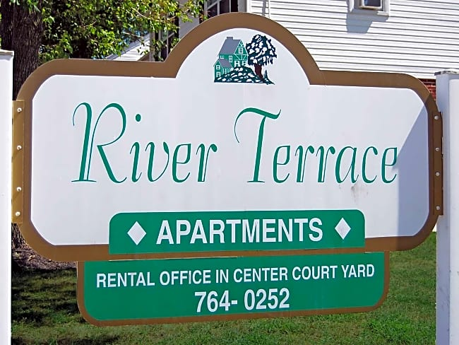 River Terrace Apartments - Riverside, New Jersey 08075