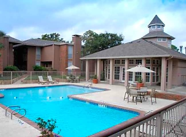 Coronado Villas - Denton, Texas 76209