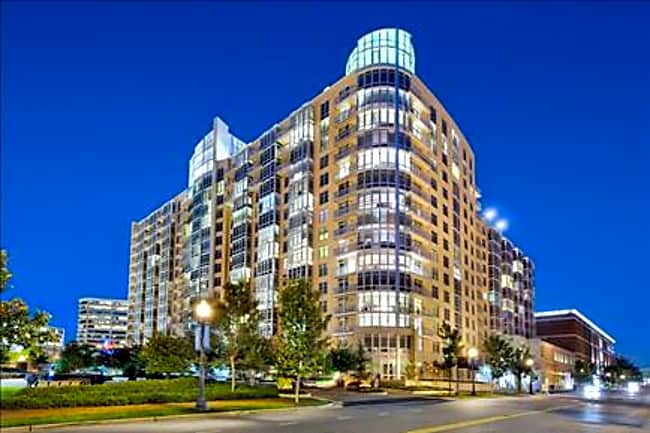 Archstone Wisconsin Place - Chevy Chase, Maryland 20815