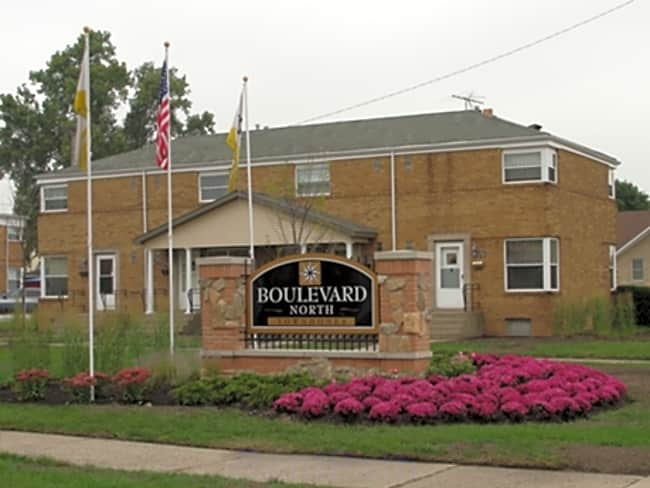 Boulevard North - Hammond, Indiana 46324