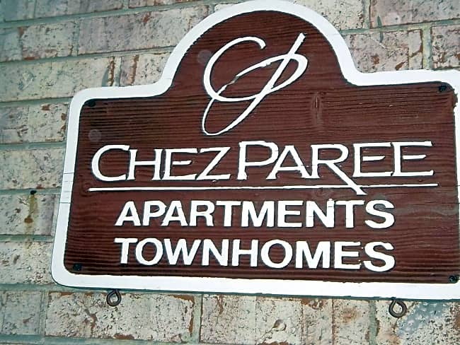 Chez Paree Apartments & Townhomes - Hazelwood, Missouri 63042