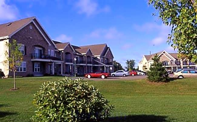 Quail Run Apartments - Middleton, Wisconsin 53562