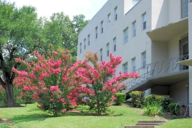 LaGarde Apartments - Anniston, Alabama 36207