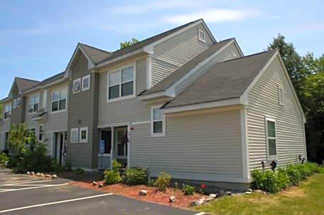 Woodland Commons - Kittery, Maine 03904