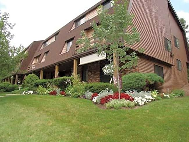 Brook Hill Village Apartments - Rochester, New York 14625