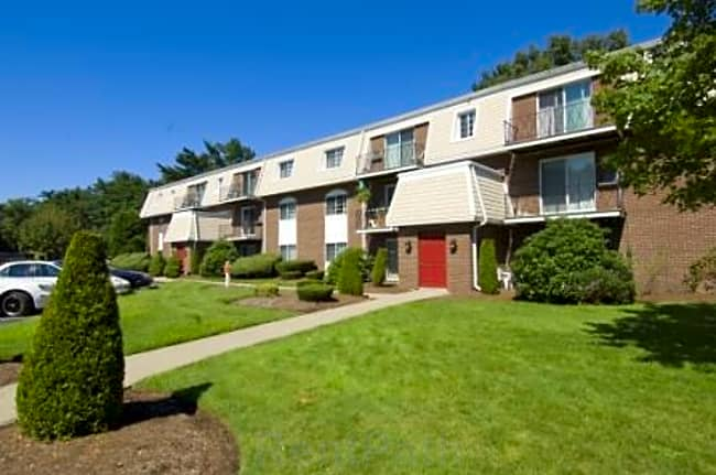 Talbot Woods Apartments - Middleborough, Massachusetts 02346