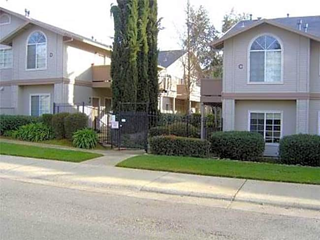 Copperwood Apartments - Citrus Heights, California 95610