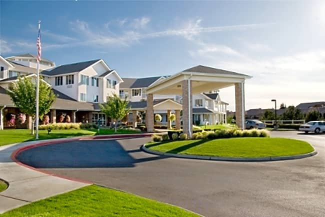 Charbonneau Independent Retirement Living - Kennewick, Washington 99336