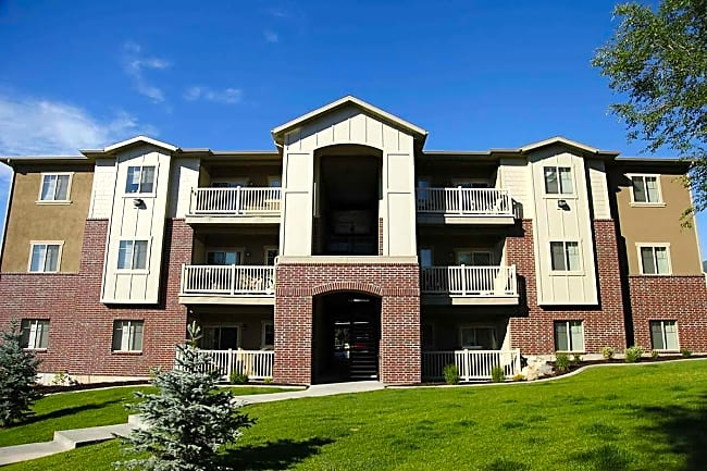 Huntington Apartment Homes - Bountiful, Utah 84010