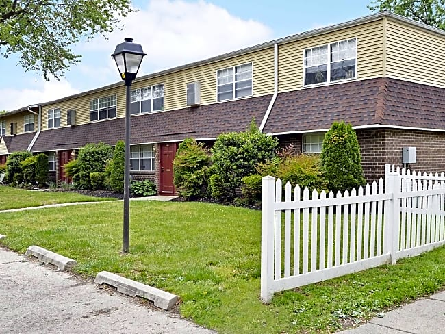 Kingsrow Apartment Homes - Lindenwold, New Jersey 08021