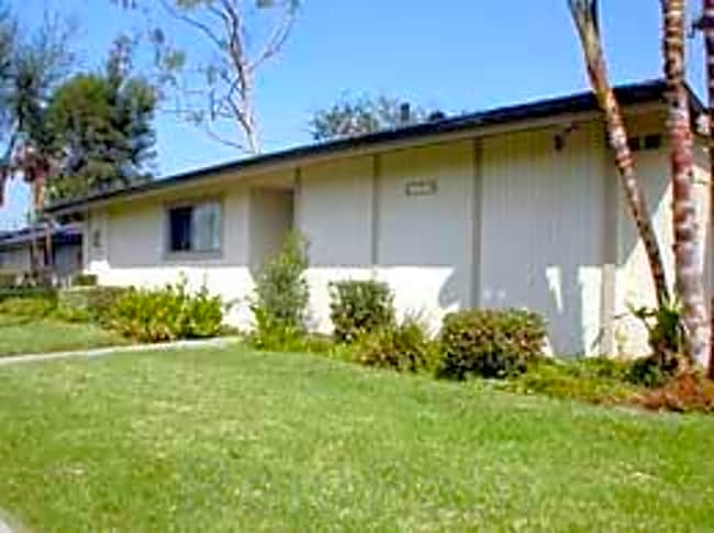 Arbor Glen Apartments - Garden Grove, California 92840
