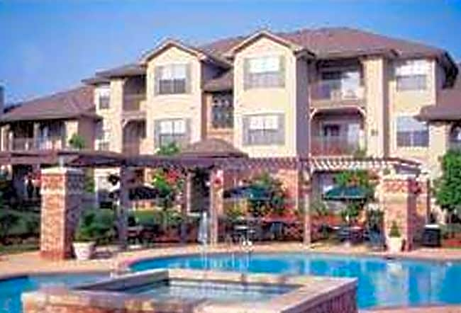 Crescent Apartments - Lenexa, Kansas 66219