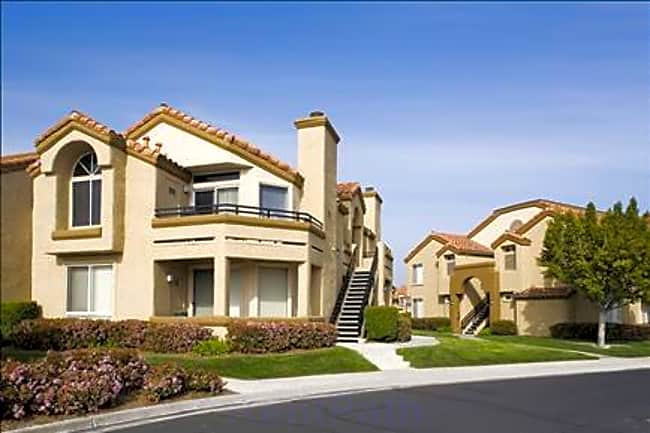 Vista Del Lago - Mission Viejo, California 92692