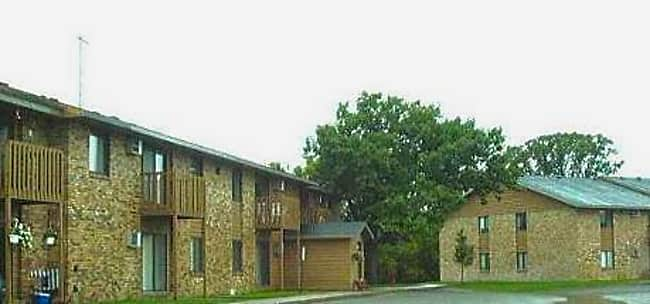 Ridgewood Manor Apartments - Elk River, Minnesota 55330