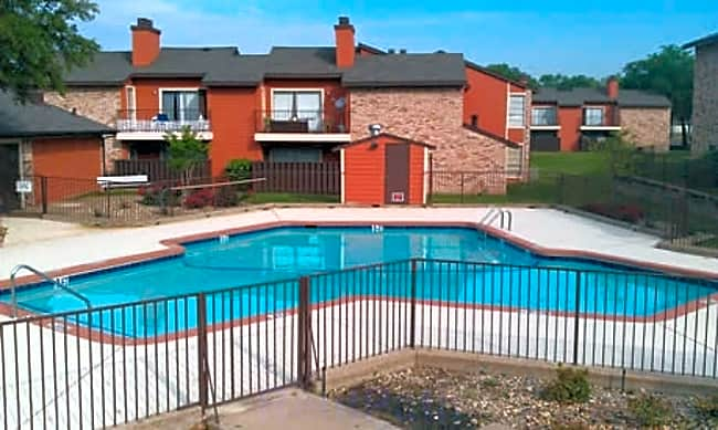 Eagle's Landing Apartment Homes - Garland, Texas 75043